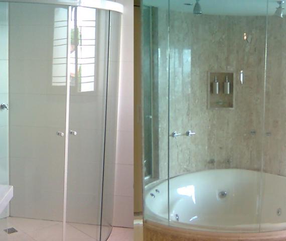 Box de banheiro em vidro temperado curvo